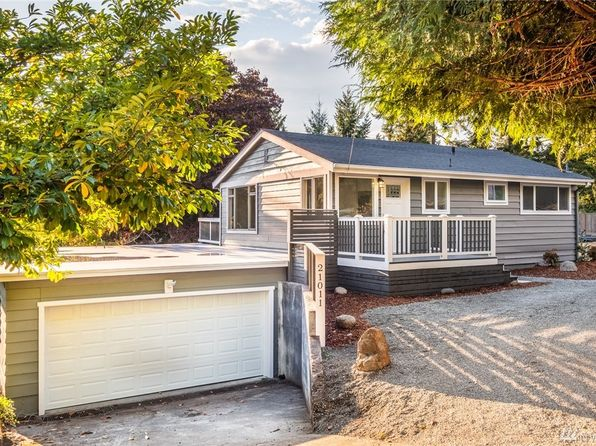 2 bed 1 bath Single Family at 21011 1st Ave S Normandy Park, WA, 98198 is for sale at 350k - 1 of 14