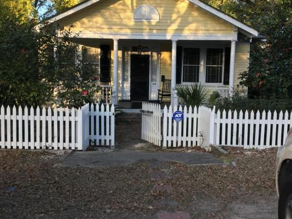 3 bed 1 bath Single Family at 109 E 6th South St Summerville, SC, 29483 is for sale at 228k - google static map