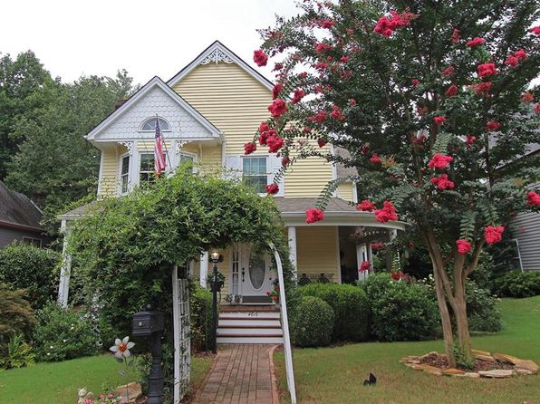 4 bed 3 bath Single Family at 4616 Brierwood Pl Dunwoody, GA, 30360 is for sale at 390k - 1 of 27
