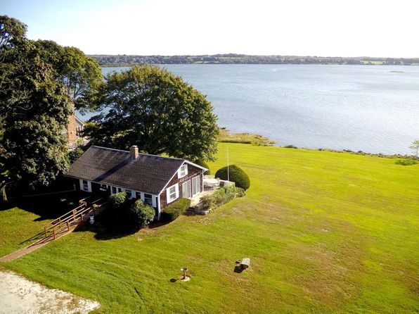 2 bed 1 bath Single Family at 1702 Drift Rd Westport, MA, 02790 is for sale at 800k - 1 of 20