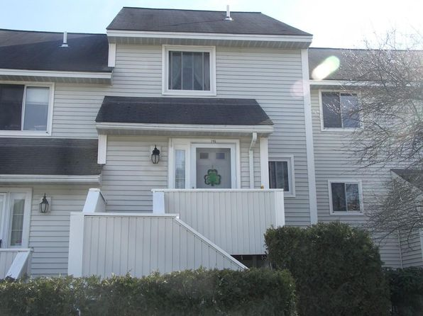 2 bed 2 bath Condo at 100 MERRIMACK AVE DRACUT, MA, 01826 is for sale at 205k - 1 of 12