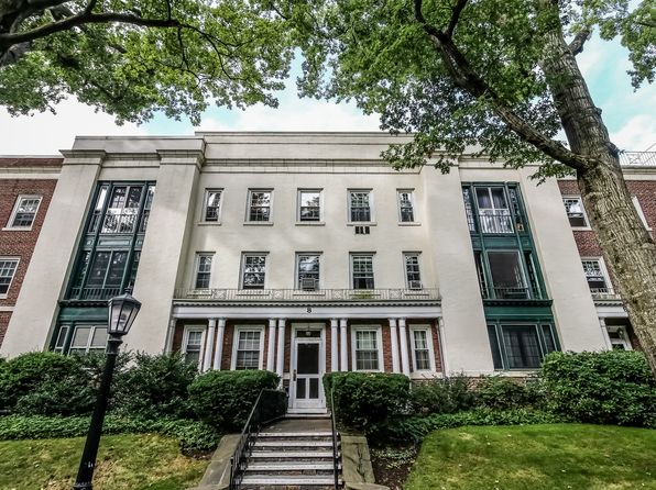 3 bed 2 bath Condo at 8 Brooklands Bronxville, NY, 10708 is for sale at 339k - 1 of 27
