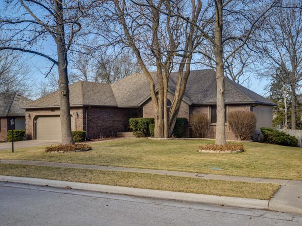 5 bed 3 bath Single Family at 2537 W Cynthia St Springfield, MO, 65810 is for sale at 300k - 1 of 57