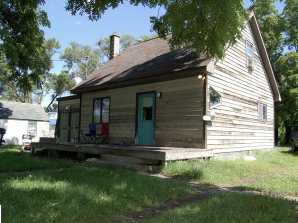 1 bed 1.5 bath Single Family at 9460 Valley Rd NW Rapid City, MI, 49676 is for sale at 48k - 1 of 14