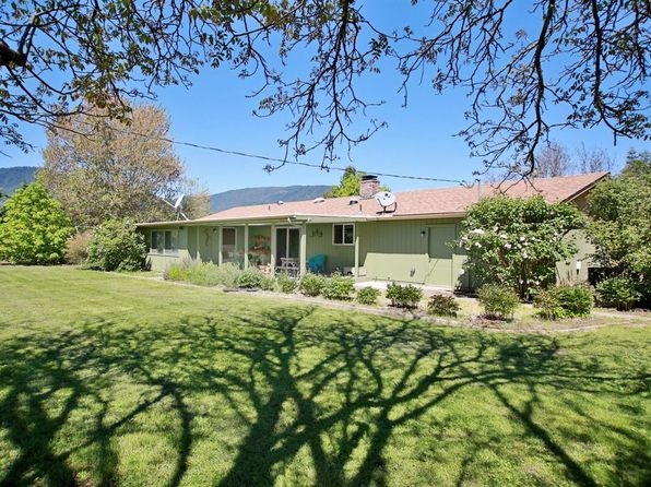 3 bed 2 bath Single Family at 427 Lofland Ln Williams, OR, 97544 is for sale at 375k - 1 of 35