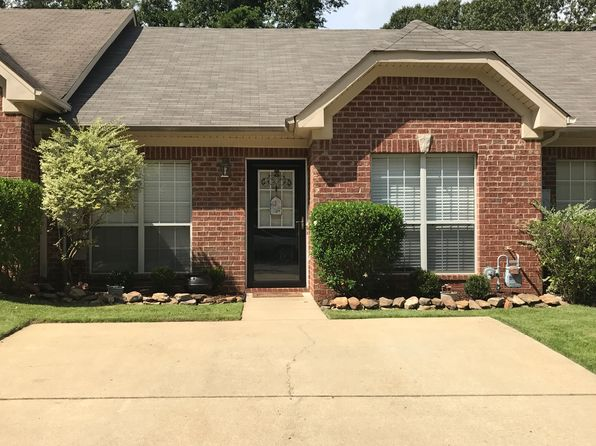 2 bed 2 bath Townhouse at 5803 Southwood Pkwy Bessemer, AL, 35022 is for sale at 117k - 1 of 24