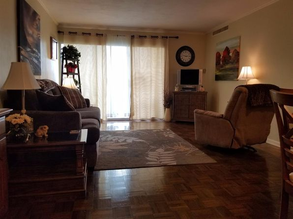 1 bed 1 bath Condo at 2121 Nicholasville Rd Lexington, KY, 40503 is for sale at 70k - 1 of 18