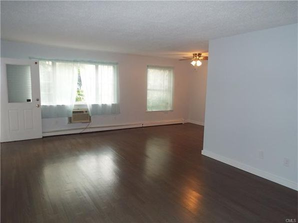 2 bed 1 bath Condo at 205 Glendale Ave Bridgeport, CT, 06606 is for sale at 120k - 1 of 16