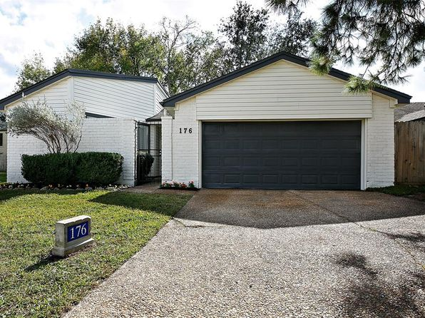 3 bed 2 bath Single Family at 12800 Briar Forest Dr Houston, TX, 77077 is for sale at 250k - 1 of 24