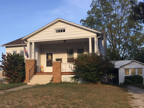 2 bed 1 bath Single Family at 510 N 1st St Fairfield, IL, 62837 is for sale at 78k - 1 of 8