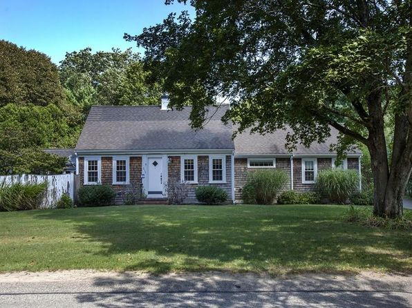 3 bed 3 bath Single Family at 217 Depot St Duxbury, MA, 02332 is for sale at 680k - 1 of 25