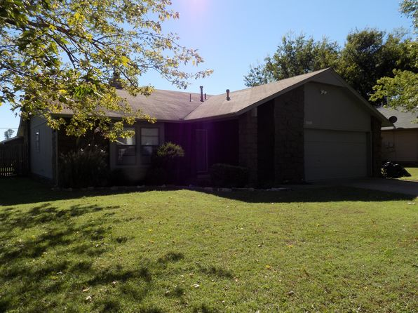 3 bed 2 bath Single Family at 2009 E Reno St Broken Arrow, OK, 74012 is for sale at 123k - 1 of 17