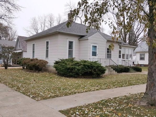 3 bed 1 bath Single Family at 317 W 3rd St Storm Lake, IA, 50588 is for sale at 66k - 1 of 2