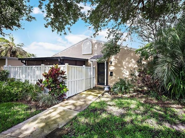 2 bed 1 bath Townhouse at 7624 Desoto Ct Tampa, FL, 33615 is for sale at 120k - 1 of 15