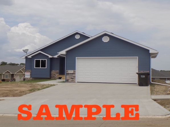 3 bed 2 bath Single Family at 4707 Meadowlark Ln Sioux City, IA, 51106 is for sale at 230k - 1 of 20