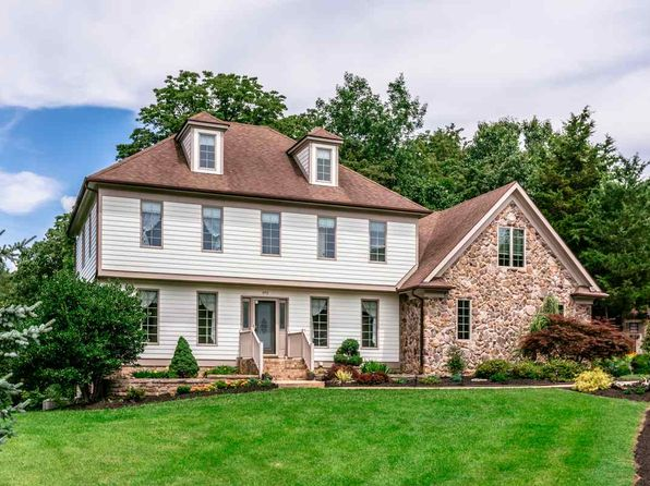 5 bed 5 bath Single Family at 840 Canterbury Ct Harrisonburg, VA, 22801 is for sale at 400k - 1 of 43