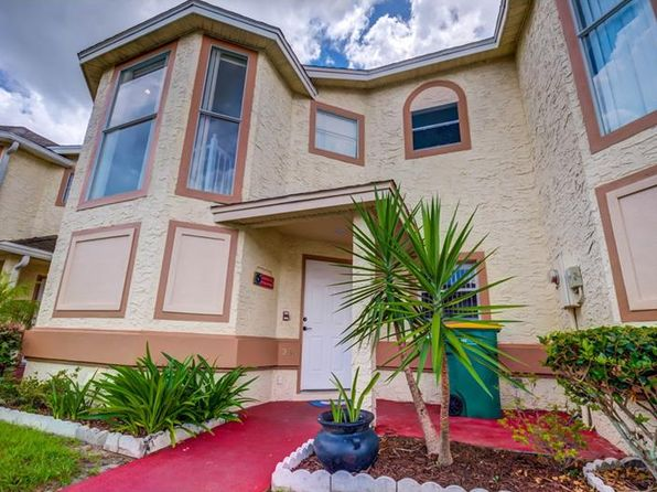2 bed 3 bath Townhouse at 230 Dawn Ct Kissimmee, FL, 34743 is for sale at 150k - 1 of 23