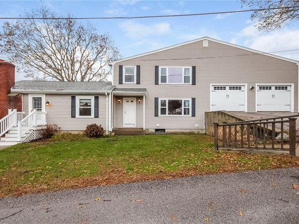 4 bed 2 bath Single Family at 32 Richard Smith Rd Narragansett, RI, 02882 is for sale at 579k - 1 of 26