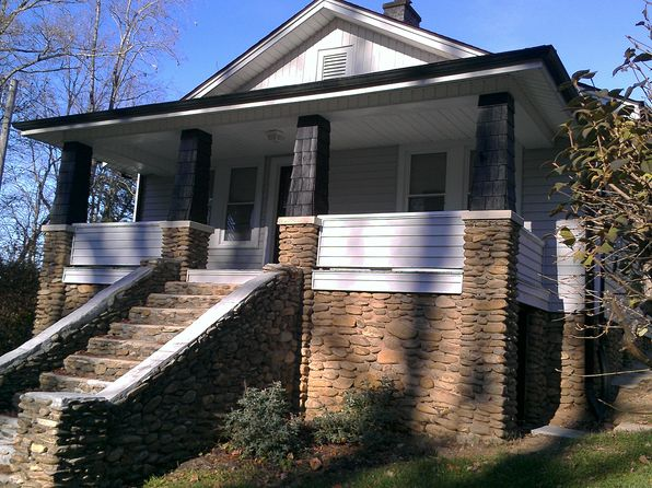 3 bed 1 bath Single Family at 51 E Marshall St Waynesville, NC, 28786 is for sale at 189k - 1 of 8