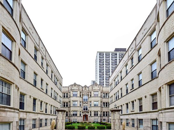 2 bed 2 bath Condo at 820 W Sunnyside Ave Chicago, IL, 60640 is for sale at 269k - 1 of 14