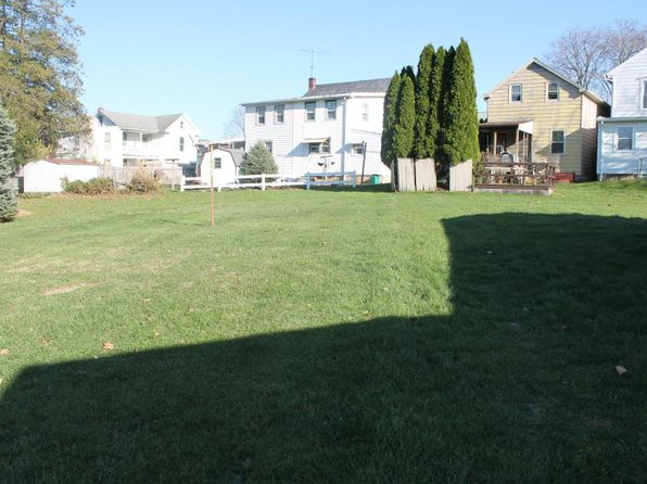2 bed 1 bath Single Family at 39 Old Market St Mount Joy, PA, 17552 is for sale at 60k - 1 of 8