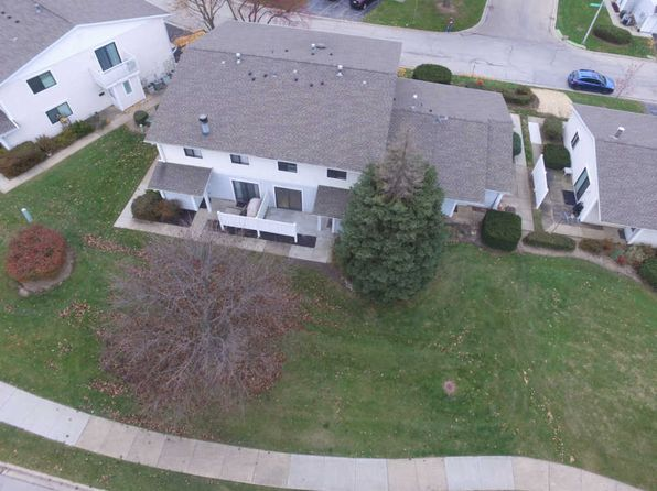 2 bed 1.5 bath Townhouse at 734 Whitesail Dr Schaumburg, IL, 60194 is for sale at 160k - 1 of 22