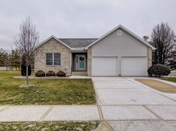 3 bed 2 bath Single Family at 1365 Masters Ln Decatur, IL, 62521 is for sale at 174k - 1 of 33