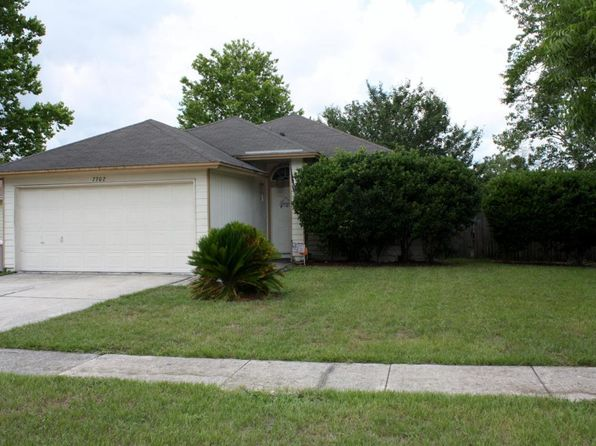 3 bed 2 bath Single Family at 7702 Collins Ridge Blvd Jacksonville, FL, 32244 is for sale at 130k - 1 of 12