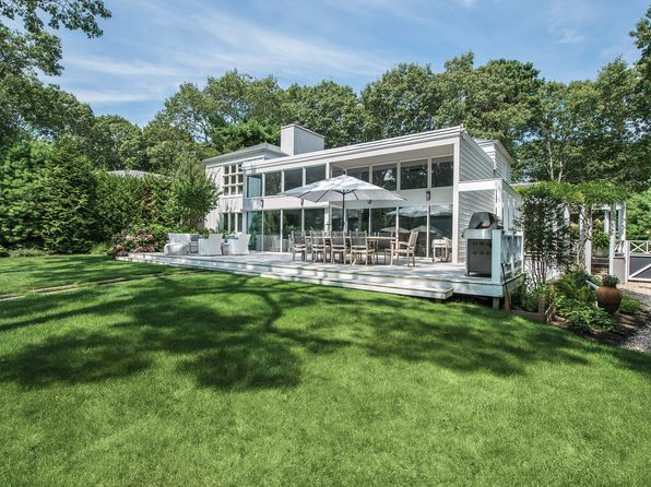 5 bed 3 bath Single Family at 16 Clyden Rd Wainscott, NY, 11975 is for sale at 2.00m - 1 of 14