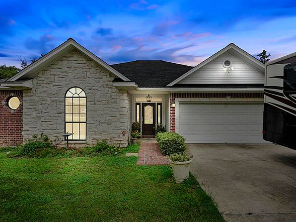 3 bed 2 bath Single Family at 11811 Langtree Ln Conroe, TX, 77303 is for sale at 255k - 1 of 27