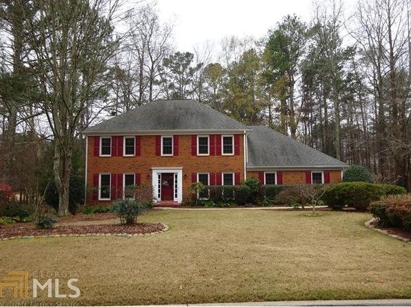 4 bed 3 bath Single Family at 5425 Royce Dr Johns Creek, GA, 30097 is for sale at 383k - 1 of 36