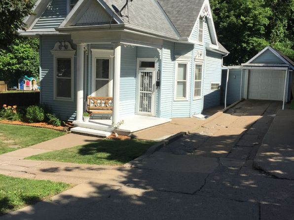 4 bed 2 bath Single Family at 532 W 17th St Dubuque, IA, 52001 is for sale at 99k - 1 of 15