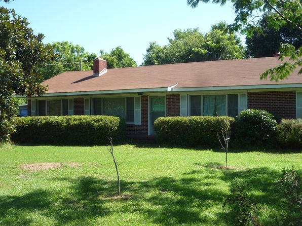 3 bed 1 bath Single Family at 785 E Chatham St Newport, NC, 28570 is for sale at 109k - 1 of 15
