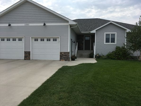 5 bed 3 bath Single Family at 1501 Sawgrass Ave Mitchell, SD, 57301 is for sale at 345k - 1 of 22