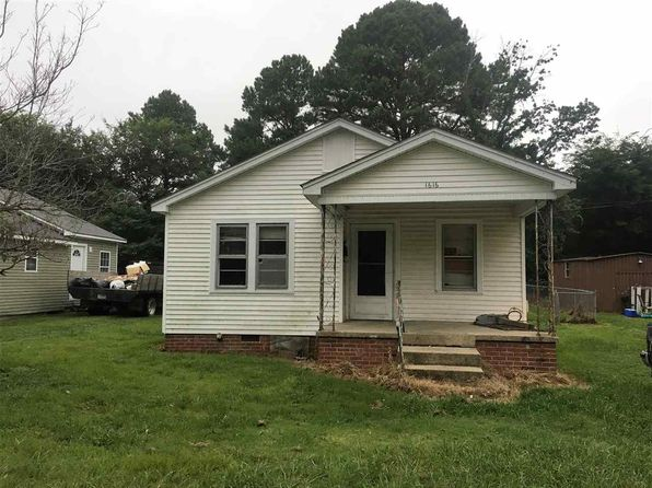 2 bed 1 bath Single Family at 1616 Shelby Dr Dyersburg, TN, 38024 is for sale at 28k - 1 of 8
