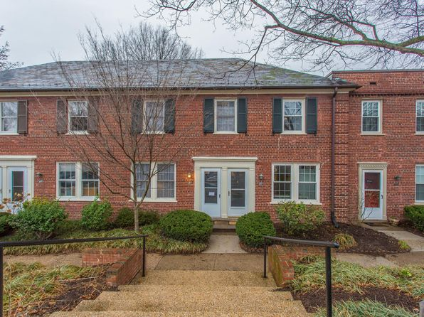 2 bed 1 bath Townhouse at 1201 S Barton St Arlington, VA, 22204 is for sale at 400k - 1 of 18