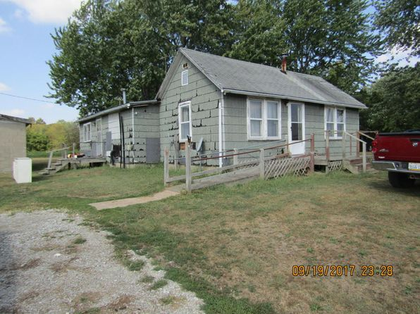 3 bed 1 bath Single Family at 3331 Norton Rd Sandoval, IL, 62882 is for sale at 30k - 1 of 15