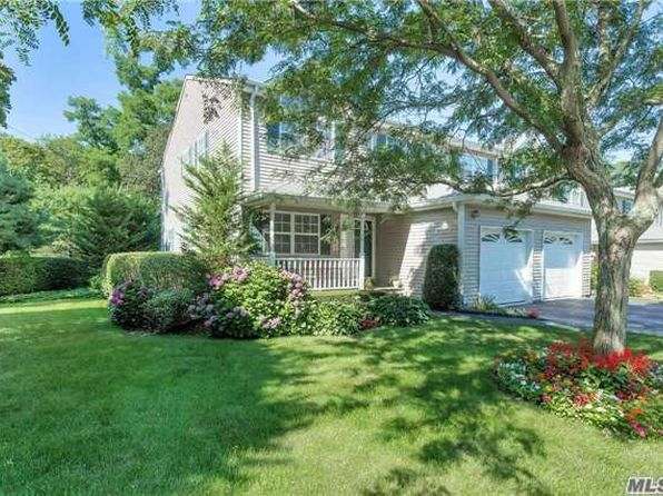 3 bed 3 bath Condo at 13 SPRINGWOOD LN HUNTINGTON, NY, 11743 is for sale at 565k - 1 of 16