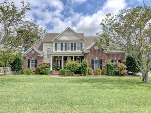 3 bed 3 bath Single Family at 4911 Wedgefield Dr Wilmington, NC, 28409 is for sale at 385k - 1 of 33