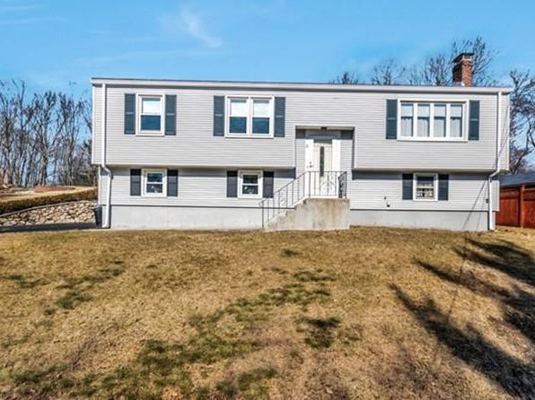 4 bed 2 bath Single Family at 11 OTIS ST WOBURN, MA, 01801 is for sale at 600k - 1 of 23