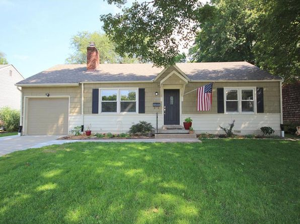 2 bed 1 bath Single Family at 5000 Sycamore Dr Roeland Park, KS, 66205 is for sale at 160k - 1 of 22