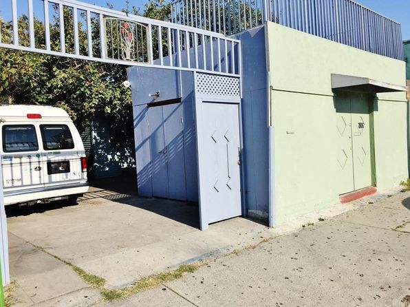 4 bed 2 bath Single Family at 7806 S San Pedro St Los Angeles, CA, 90003 is for sale at 350k - google static map