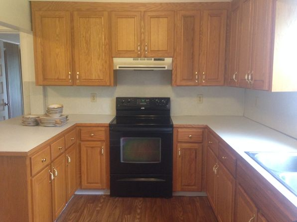 2 bed 1 bath Single Family at 605 Old North Main St Clover, SC, 29710 is for sale at 78k - 1 of 23