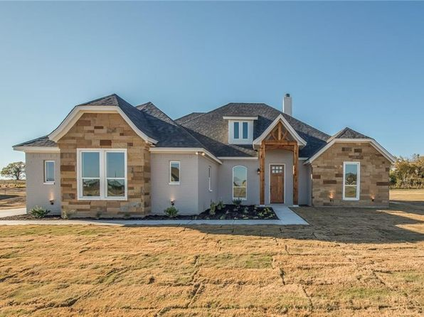4 bed 3 bath Single Family at 164 Eagles Crest Ln Brock, TX, 76087 is for sale at 310k - 1 of 25