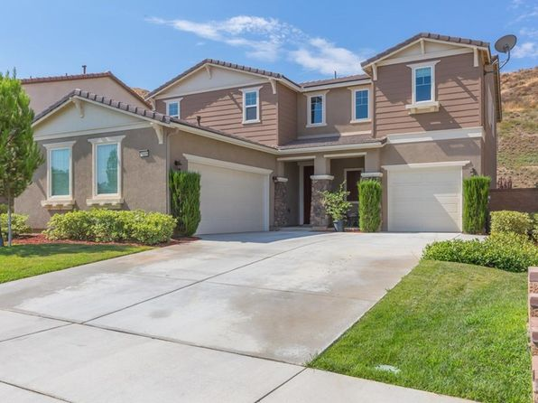 4 bed 3 bath Single Family at 35406 Oakridge Ct Lake Elsinore, CA, 92532 is for sale at 425k - 1 of 33