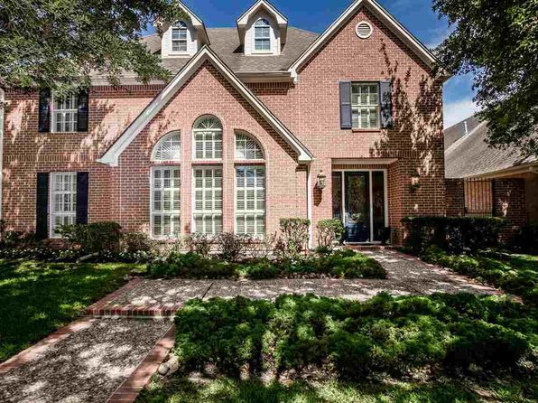 4 bed 5 bath Single Family at 16 Bellchase Gardens Dr Beaumont, TX, 77706 is for sale at 400k - 1 of 23