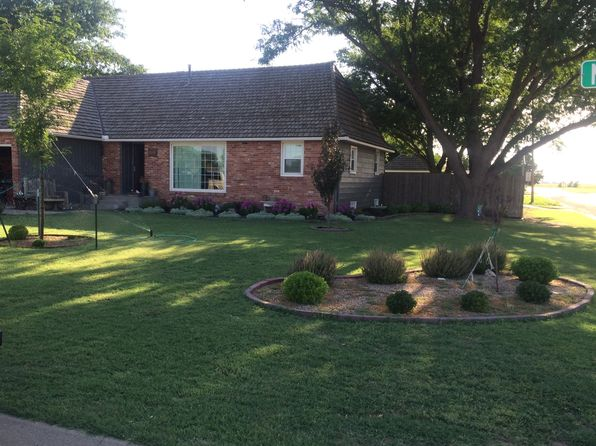 5 bed 4 bath Single Family at 113 N Maxwell St Ulysses, KS, 67880 is for sale at 200k - 1 of 11