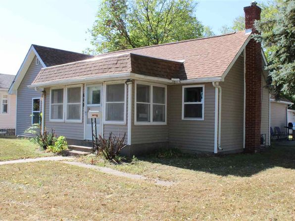 2 bed 1 bath Single Family at 619 7th Ave Camanche, IA, 52730 is for sale at 120k - 1 of 18