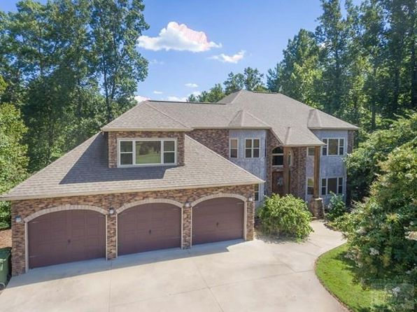 4 bed 5 bath Single Family at 200 Lake Club Dr Nebo, NC, 28761 is for sale at 689k - 1 of 34