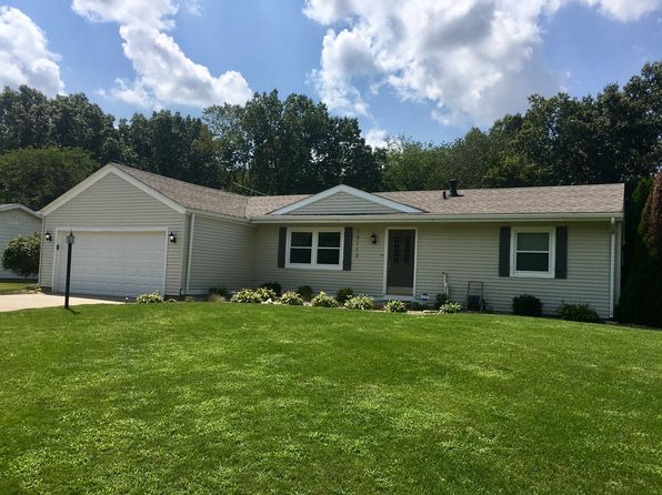 3 bed 2 bath Single Family at 56719 Raider Dr Elkhart, IN, 46516 is for sale at 160k - 1 of 43
